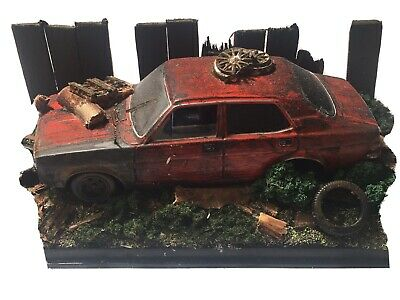Abondoned Barn Find Morisn Minor 1:43 Scale Diorama • 25£