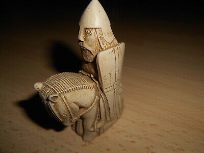 Isle Of Lewis Chess - Individual Resin Chessmen - Knight • 5.50£