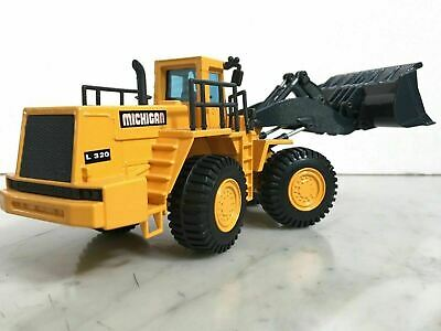 Joal Compact Michigan L320 Loader Mint 1/50 Scale Jo 1006666273 • 26.99£