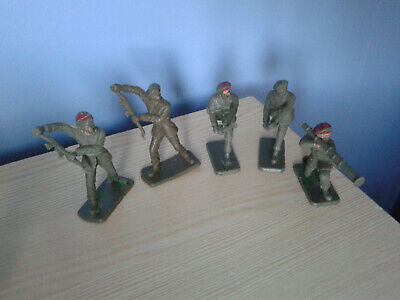 Crescent Paratroopers And Cherilea Paratrooper Vintage Soldiers 60mm  • 8.90£