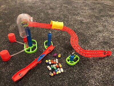 Mighty Beanz Slam 'n Smash Race Track & Mighty Beanz Set 17 Beans And Holder • 20£