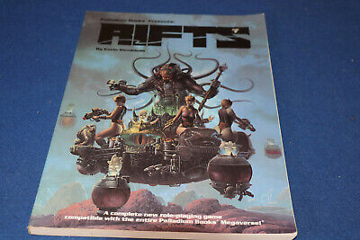 Rifts: Role-Playing Game (Paperback)  KEVIN SIEMBIEDA PALLDAIUM BOOKS  • 26.99£