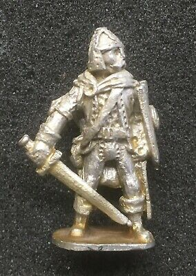 Chronicle Miniatures, Adventurers CF5 'FIGHTER WITH SWORD & SHIELD'  1982 • 2.99£
