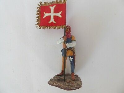 ENGLISH CRUSADER SQUIRE WITH FLAG 54mm • 20£