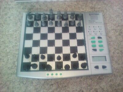Magnetic Talking Chess Master - Chess Computer & Voice Teaching System VGC • 10£