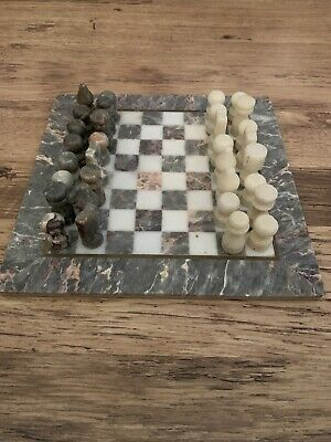 Marble Chess Set • 30£