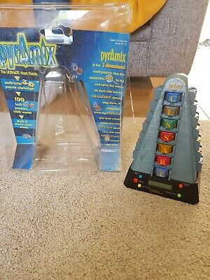 Tiger Pyramix 3d Word Puzzle Electronic Game 1998 Vintage • 9.99£