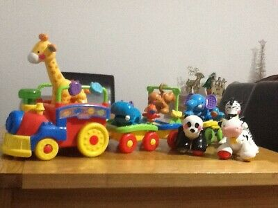 Fisher Price Amazing Animals Choo Choo Toy Train Pre Owned. Extra Animals • 12£