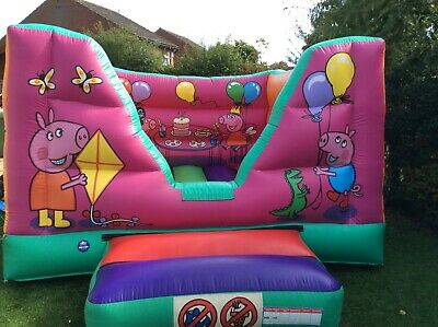 Commercial  Bouncy Castle (ideal For Smaller Children) • 285£