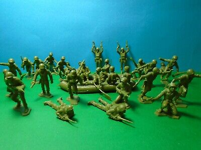 BMC/Marx 1/32 Scale WWII US Soldiers  X31 (green)  • 16.95£