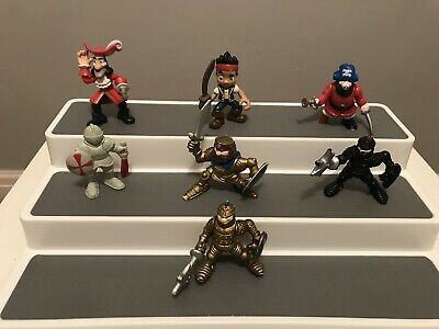 Pirate And Knights Figures Bundle • 9.99£