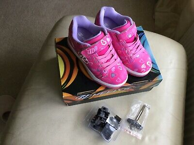 NEW....Girl's Pink HEELYS Shoes....size UK 13 • 15.99£