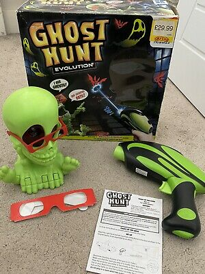 GHOST HUNT EVOLUTION Electronic Shooting Game Megableu Halloween Working *VGC* • 6.10£