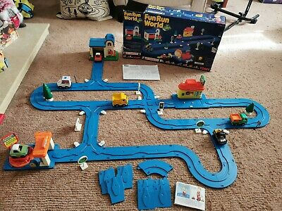 1991 Tomy Fun Run World Play Set. With Extras Boxed. Car Track And Cars Vintage • 50£