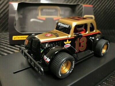 Pioneer Slot Car P083 Racing Legends 34 Ford Coupe        • 44.95£