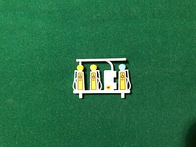 REPLICA Minic Motorways Spares -  Petrol Pumps For M1801 Filling Station  • 5.50£