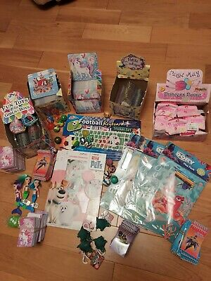 ** All BRAND NEW** 500 ITEMS + PARTY/STOCKING / PINATA FILLINGS **MUST GO*** !!! • 9.99£