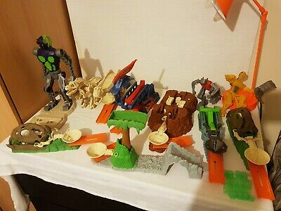 Bundle Of 9 Hot Wheels Dinosaur  Prehistoric Trick Tracks / Track And Robot   • 45£