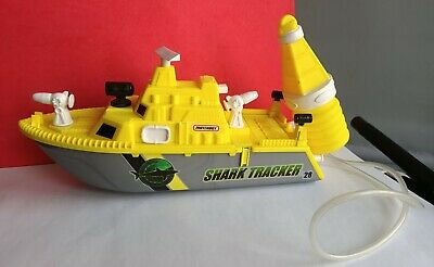 Matchbox / Mattel 2001 Shark Tracker Plastic Boat Rare Find Used Condition • 12£