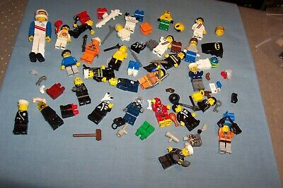 Lego Minifigures And Accessories #14 • 6.99£