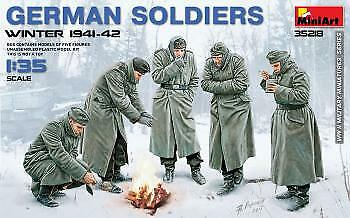 Miniart 1/35 German Soldiers Winter 1941-42 # 35218  • 12.13£