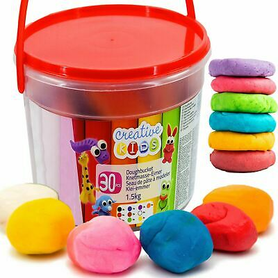 1.5 Kg Giant Dough Bucket Playset In Craft Modelling Clay, 30 Piece Craft Set • 7.95£