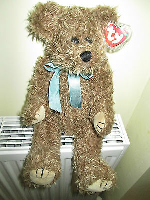 GROVER  TY COLLECTIBLES BEAR ,Wearing A Green Ribbon,Tag & Protector, Retired. • 19.99£