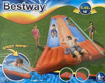 H2O-GO! Triple Lane Water Slide With Speed Ramp And Built-In Sprinklers • 45.99£