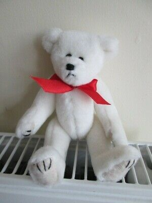 TY NICHOLAS Attic Treasure Bear, No Hang Tag, White Bear Red Ribbon. • 17.99£