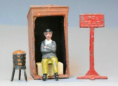 Charbens Pre-war Lead Watchman, Hut, Brazier &  No Road  Sign (road Works Set) • 17.66£