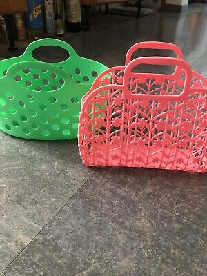 """Two Hard Plastic Children's Baskets Green And Pink 7""""x10"""" • 1.29£"""