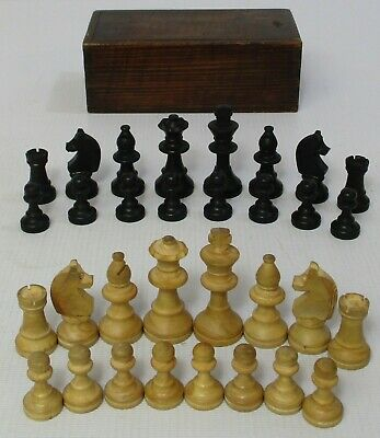 Vintage Boxwood Chess Set Pieces In Wooden Box • 9.99£