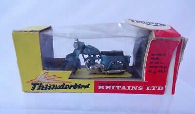 BRITAINS No 9690 TRIUMPH THUNDERBIRD MOTORCYCLE TOY MODEL 1.32 BOXED  • 29.99£