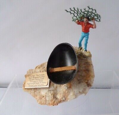 Paperweight Model Of The Coracle Welsh Fishing Craft Boat 1.32 Britains Figure • 75£