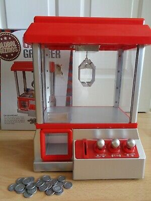 Global Gizmos Candy Grabber Toy Claw Game Machine With Lights & Sounds Boxed Exc • 12.50£