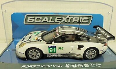 Scalextric C3944 Porsche 911 RSR 2016 24 Hour Of Le Mans No.91 • 37£