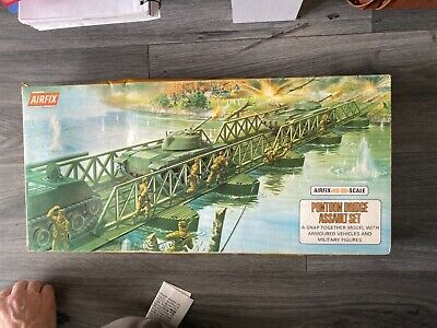 PONTOON BRIDGE ASSULT SET, AIR FIX H0-00 SCALE FULL SET - Comes In Original Box • 30£