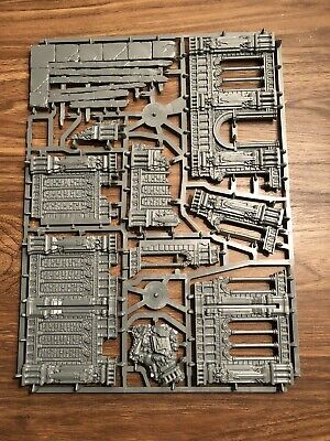Azyrite Ruins C Warhammer Age Of Sigmar Terrain, Warcry Catacombs Games Workshop • 13£