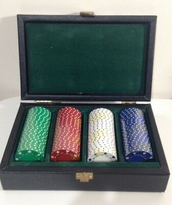 100 Clay Poker Chips In Leather Case - New & Sealed • 25£