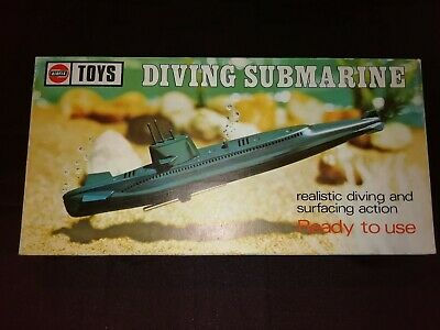 Airfix Diving Submarine Vintage Complete In Box And Rare 1970. • 31£