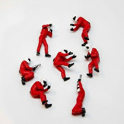 Scalextric Red Pit Crew Figures • 4.71£