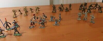 35 VINTAGE 1950/70s PLASTIC TOY ARMY FIGURES CRUSADES TO WW2 BRITAIN CRESCENT • 10£