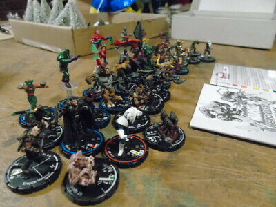 Heroclix  ASSORTED FIGURES  • 15£