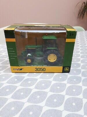 Britains Farm Toys 42902 John Deere 3050 Tractor Boxed  • 21£
