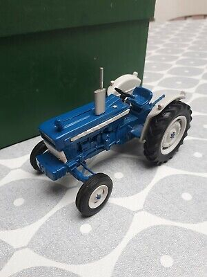 Rare Early Dbp Ford 5000 Super Major Tractor Based On Britains High Detail Rare • 16£
