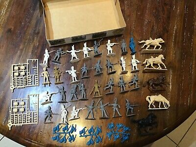 54mm Plastic Italeri, Airfix, Timpo, Chintoys+ Hat Napoleonic Infantry And Box • 7.50£