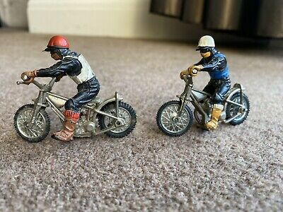 Vintage 1970s Britains Model Speedway Racers - 2 Motorcycles And Riders • 15£