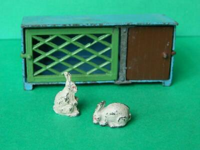 CRESCENT VINTAGE LEAD AND DIE-CAST FARM GARDEN SERIES RABBITS AND Rare HUTCH SET • 42.49£