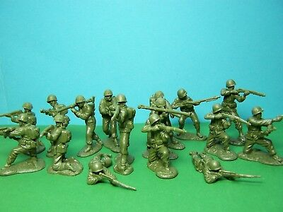 CTS 1/32 Scale WWII US Infantry X16 (green)  • 19.95£