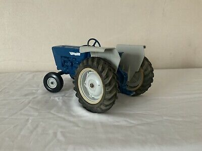 Ford 4600 1/16 • 20£